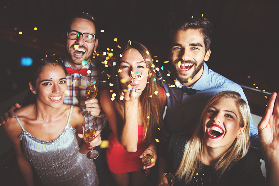 Attractions : Party Scene